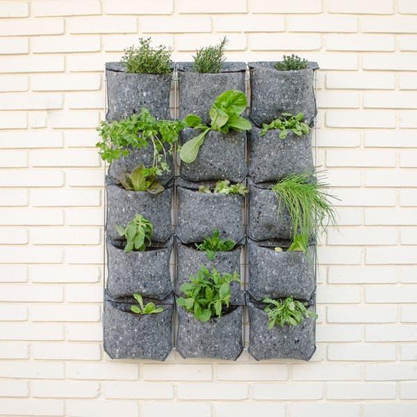 Jard n vertical vertiflor para 15 plantas plantea en verde for Reja para jardin vertical